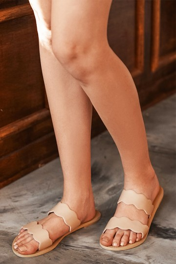 Lana Scallop Hem Sliders in Nude Pink