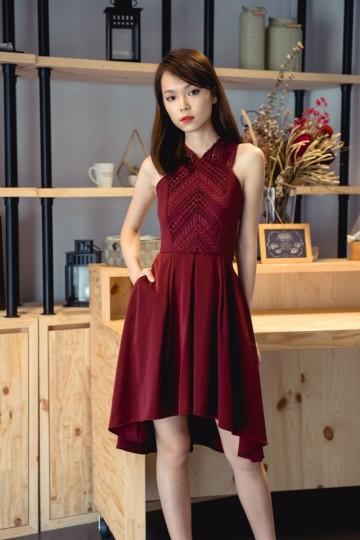 XOXO Pretty Dress (Burgundy)