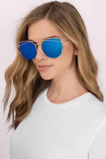 Watch It Mirrored Sunglasses in Blue