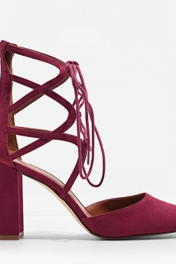 TEXTURED LACE-UP HEELS